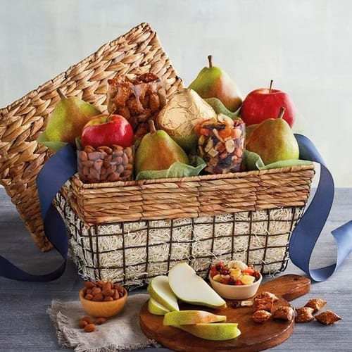 Harry & David Orchard Picnic Gift Basket